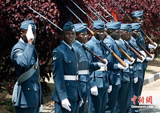 资料图:津巴布韦军队。<a target='_blank' href='http://www.chinanews.com/'>中新社</a>记者 任晨鸣 摄