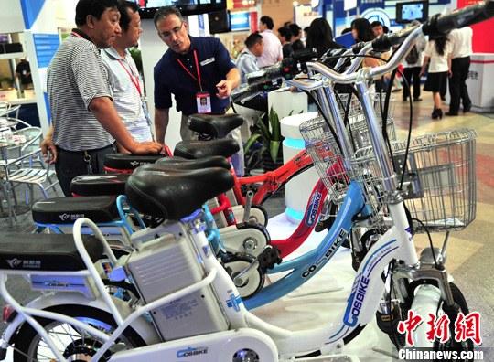 资料图:使用锂电池的自行车。<a target='_blank' href='http://www.chinanews.com/'>中新社</a>发 邹宪 摄