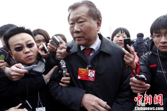 资料图 王梦恕接受采访。记者 杜洋 摄