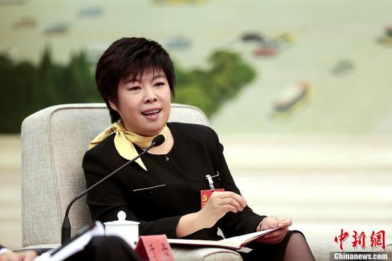 图为于丹。<a target='_blank' href='http://www-chinanews-com.gotaojin.com/'>中新社</a>发 盛佳鹏 摄