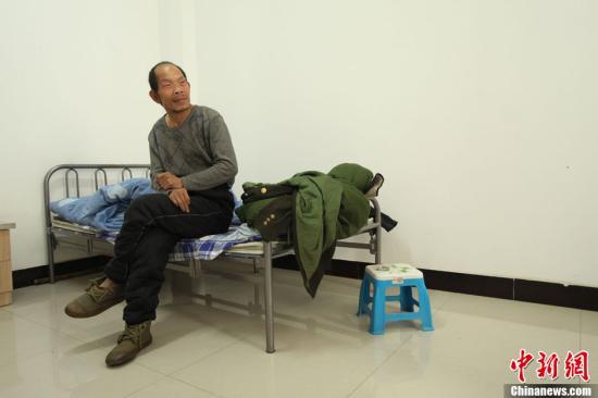 资料图:山西太原救助管理站救助流浪乞讨人员。刘佳 摄