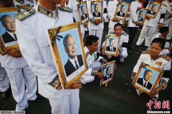 中共最高级别领导人出国参加的六个葬礼(图)