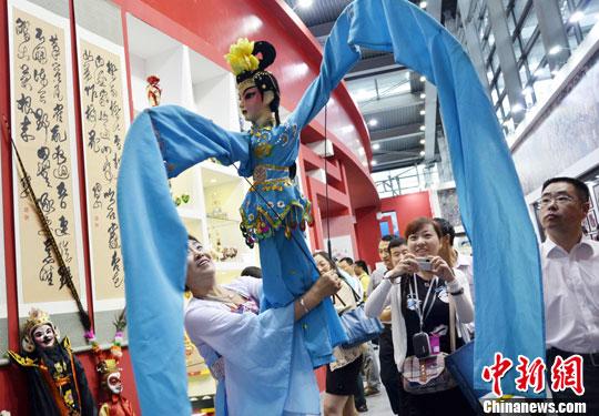 文化及相关产业实现营业收入89257亿元,比上年增长8.2%