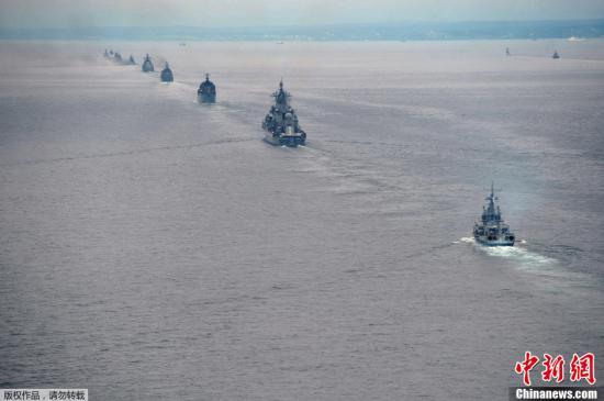 大型反潜舰上阵 俄太平洋舰队在日本海进行射击训练