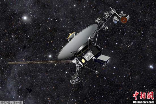 2013年9月13日消息,美国宇航局当天凌晨通过新闻发布会正式确认旅行者1号进入星际空间,验证的方式是日冕物质抛射测定。旅行者1号于1977年9月5日发射,35年后,于2012年8月进入星际空间。图为旅行者1号(资料图)。