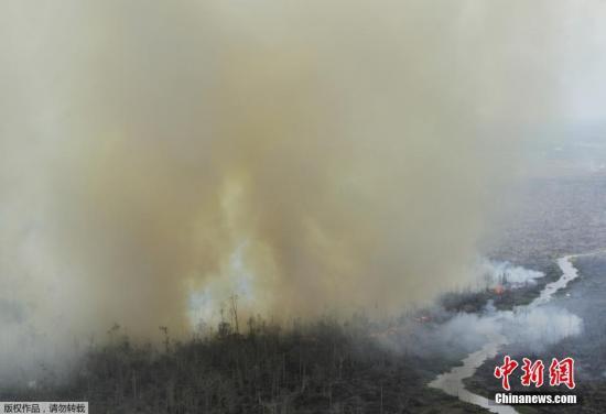 本地工夫3月19日,印僧廖内省山水连续,便有闭山水烟雾招致雾霾的状况,印僧廖内已建立一收500人的灭水队,加快灭水。