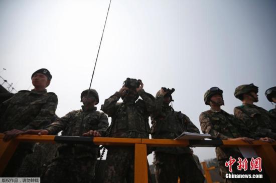 资料图:韩国和美国士兵参加联合演习。