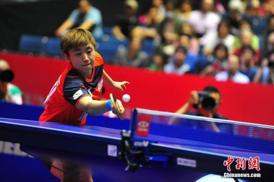 资料图:新加坡队主将冯天薇在比赛中。<a target='_blank' href='http://www.chinanews.com/'>中新社</a>发 高越 摄