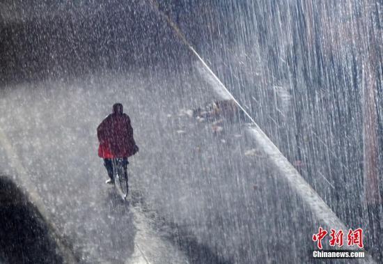 5月份全国自然灾害致82死8失踪 直接损失超101亿元