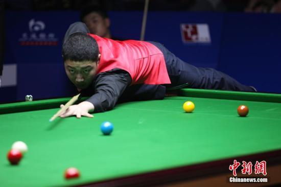 资料图:颜丙涛在比赛中。 <a target='_blank' href='http://www.chinanews.com/'>中新社</a>发 张亨伟 摄
