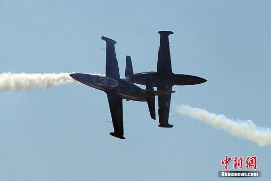 美国空军一F35战机在训练中坠毁 未造成人员伤亡图片