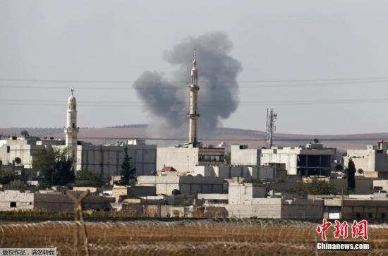 股票配资 时刻2014年10月9日,土耳其桑尼乌法,土叙边界烽火洋溢。一战况监控安排示意,只管美军与同盟军一直动员空袭,极其装备已占据科巴尼超越三分之一地盘。