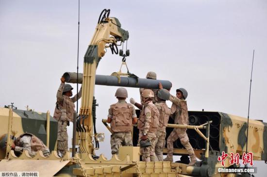 """安理会呼吁增加对伊拉克支持 打击""""伊斯兰国"""""""
