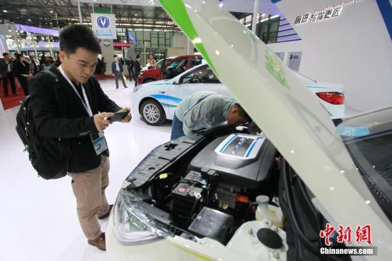 资料图 新能源车 发 张亨伟 摄