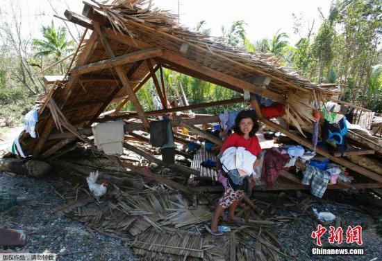 台风哈格比减弱北上 菲律宾农作物及建筑遭破坏