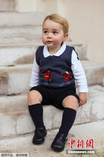 英国王室公布礼物名单 乔治小王子日均收2件