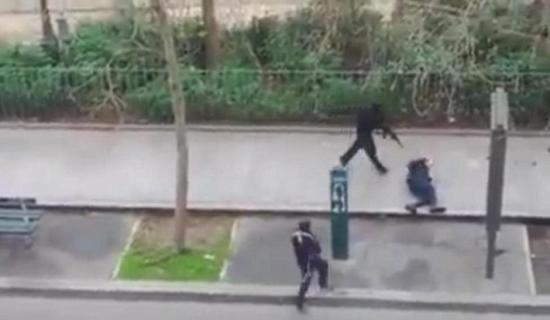 """美司法部长将赴巴黎""""反恐对话"""""""
