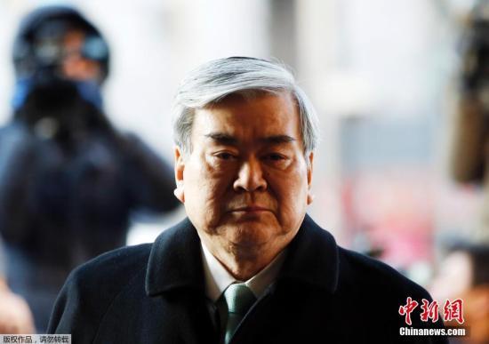 资料图:当地时间1月30日,首尔西部地方法院,大韩航空社长赵亮镐出席女儿的二次庭审。
