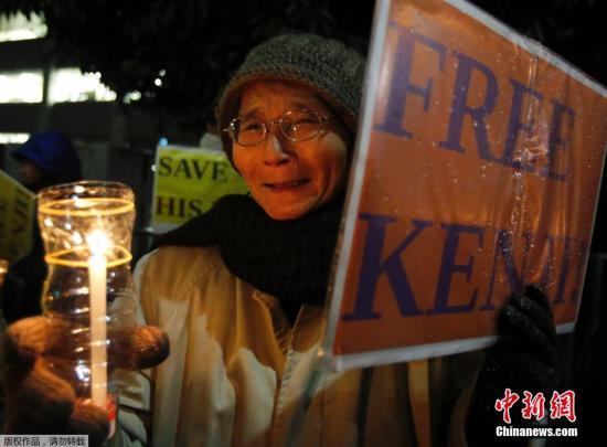 朴槿惠就日本人质遇害事件向安倍发电文表慰问