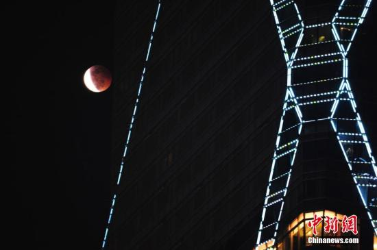 两罕见天象将上演:本世纪时间最久月全食和火星大冲