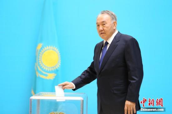 美国哈萨克斯坦总统将举行会谈 欲扩大双方合作