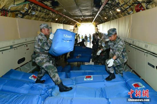 国际舆论积极评价中国援助尼泊尔救灾