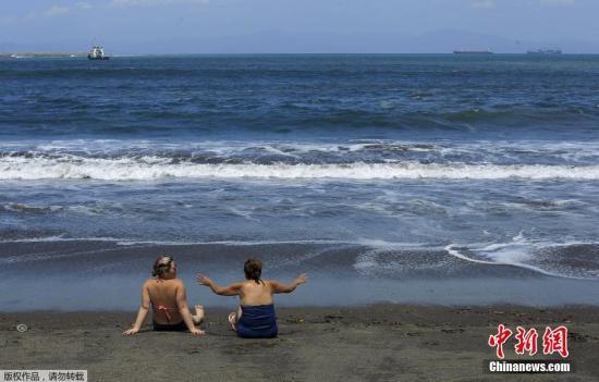 资料图片:哥斯达黎加海滩。