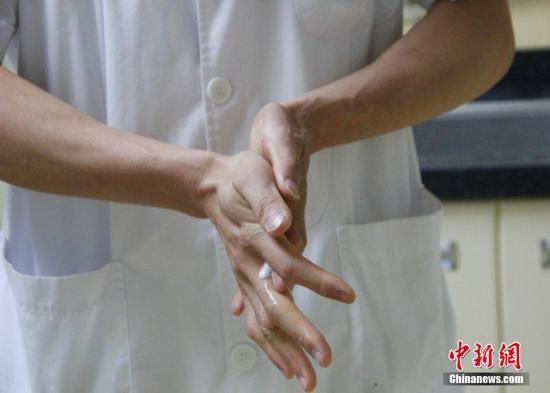 资料图:洗手。朱柳融 摄