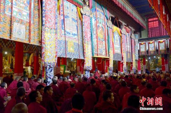 资料图:西藏僧人。中新社发 李林 摄