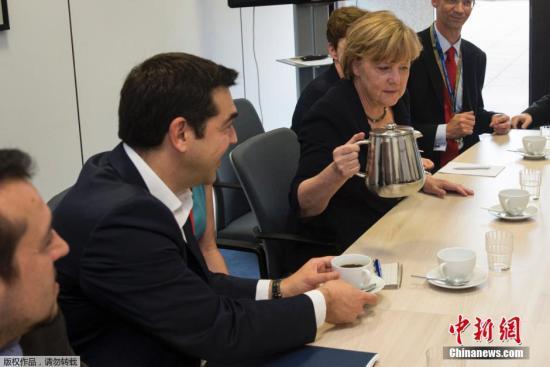 希腊承诺提交新经改方案 法称尽力避免希腊退欧