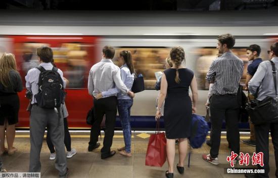 伦敦地铁(资料图)