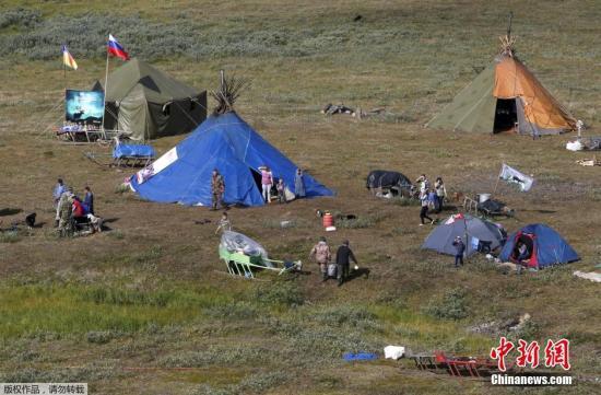 资料图:俄罗斯涅涅茨自治区,露营地。