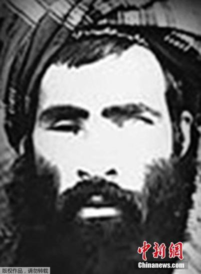 資料圖:阿富汗塔利班武裝的創始人和前最高領導人毛拉·奧馬爾。