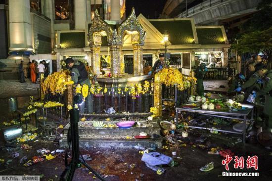 泰国警方初步认定此次事件中所使用的爆炸物为烈性TNT炸药,并在爆炸点附近成功拆除疑似两处引爆装置。