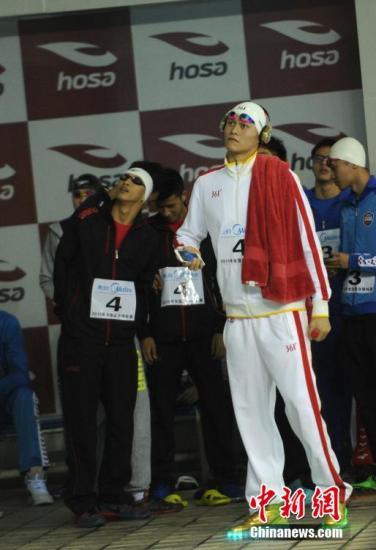 全国游泳锦标赛 孙杨团体接力获第三 将做小手术
