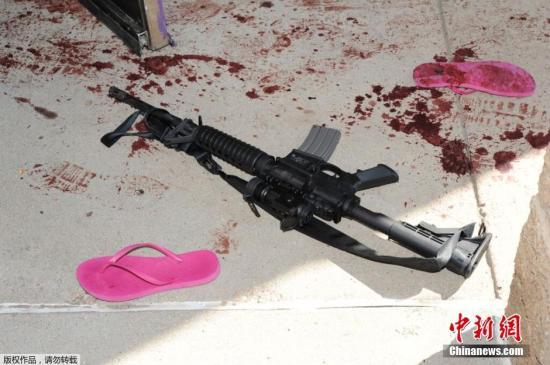 2012年美国科罗拉多州首府丹佛附近一家影院发生枪击案,12人死亡。8月26日,涉嫌制造枪击案的詹姆斯霍姆斯获得最终量刑,被判监禁3318年。9月10日,该电影院现场照片首次曝光。