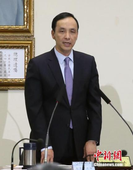10月7日,中国国民党中常会无异议通过一项提案,将尽速召开临时全代会。国民党主席朱立伦称,目的是凝聚共识、团结胜选。 记者 任海霞 摄