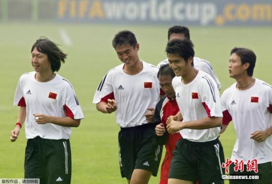 2002年,邵佳一便曾随中国队出征韩日世界杯,是国家队的功勋名宿之一。