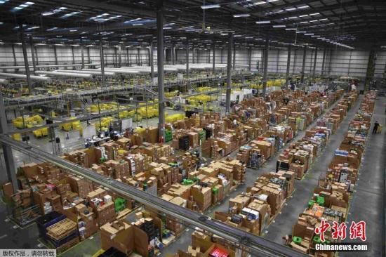 资料图:亚马逊仓储物流中心。