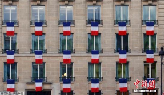 法国警方逮捕一名与巴黎连环恐袭案有关的嫌犯