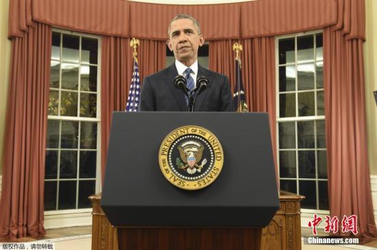 本地时刻2015年12月6日,美国华盛顿,美国总统奥巴马于白宫椭圆办公室公布紧张演说。