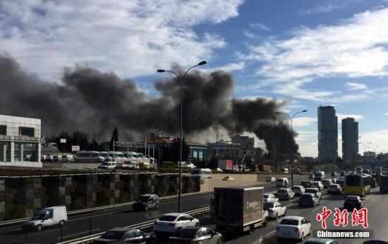 土耳其总统:伊斯坦布尔爆炸系自杀式炸弹袭击