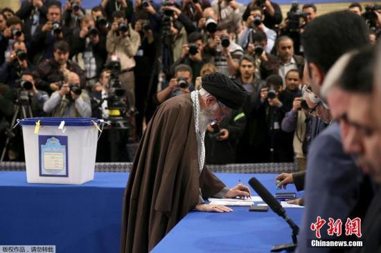 伊朗選舉改革派領先 或選出下一任最高精神領袖