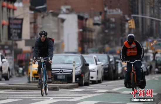 美国纽约市议会将通过法案 将数千名最危险的驾驶者赶离马路