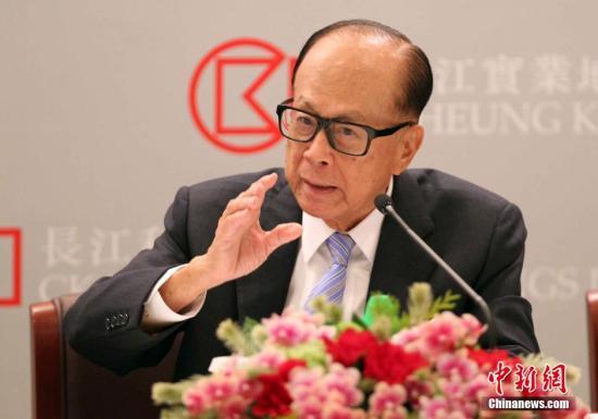 资料图:李嘉诚。 <a target='_blank' href='http://www.chinanews.com/'>中新社</a>记者 洪少葵 摄