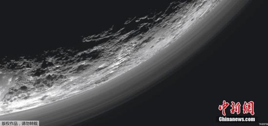 当地时间3月17日,美国航天局(NASA)发布冥王星图片。