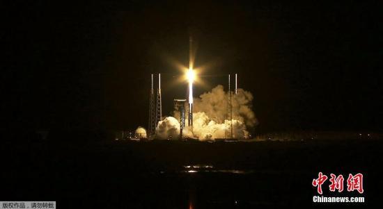 当地时间3月22日,美国轨道ATK公司在佛罗里达州卡纳维拉尔角空军基地发射一艘货运飞船,给国际空间站运送物资。