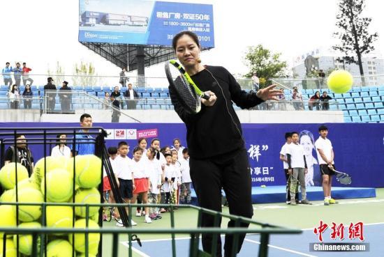 """香港网球公开赛今年10月举行 李娜出战""""星级名人赛"""""""