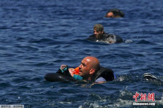 资料图片:难民。