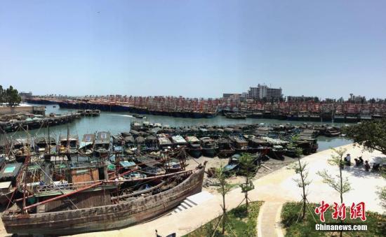 资料图:广西北海电建渔港。 中新社记者 翟李强 摄